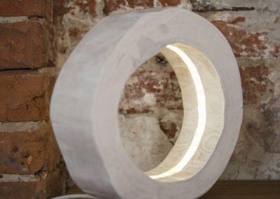 Lampa stołowa - drewniana